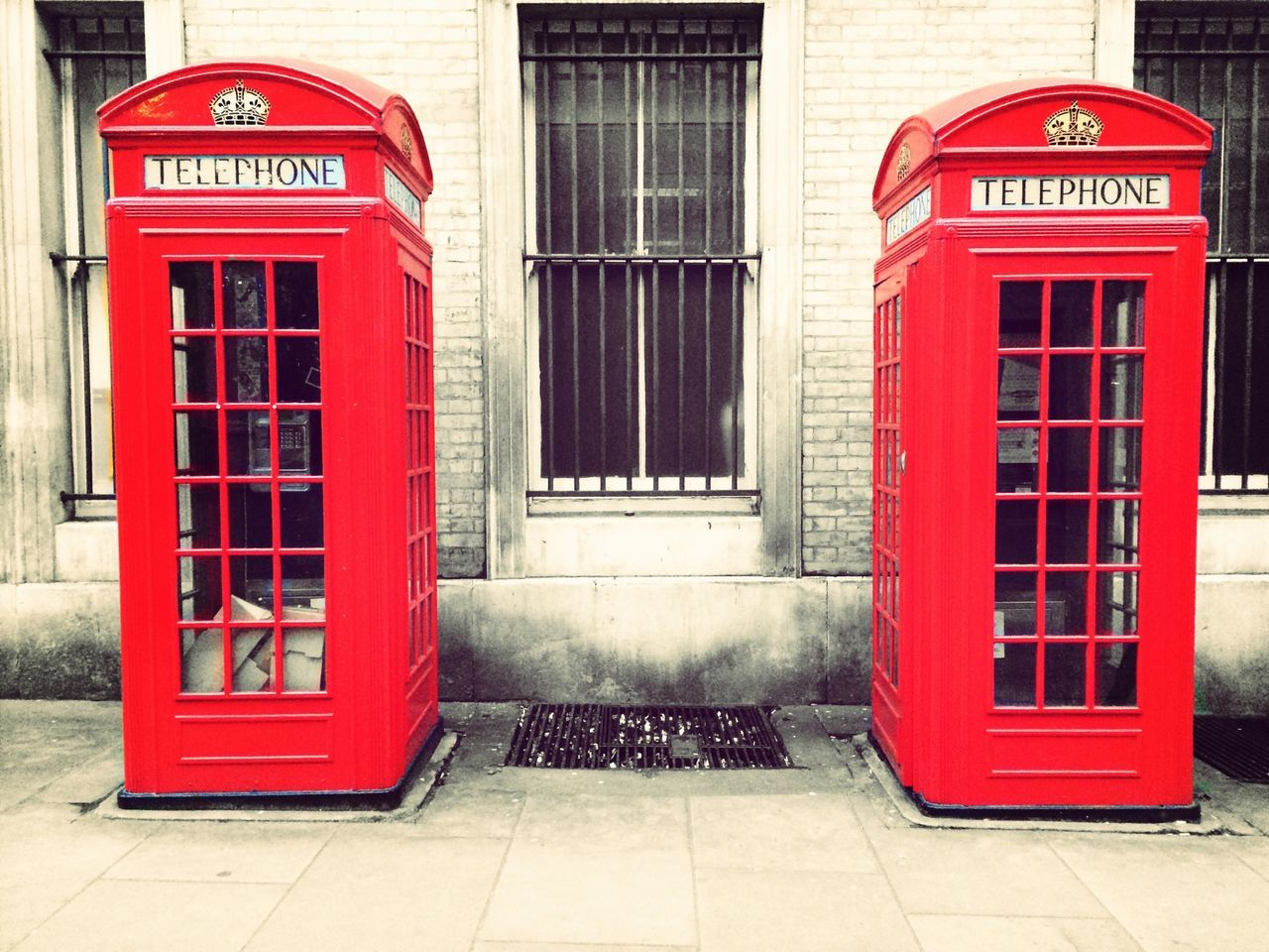 Telephone Box Coloursplash London Red