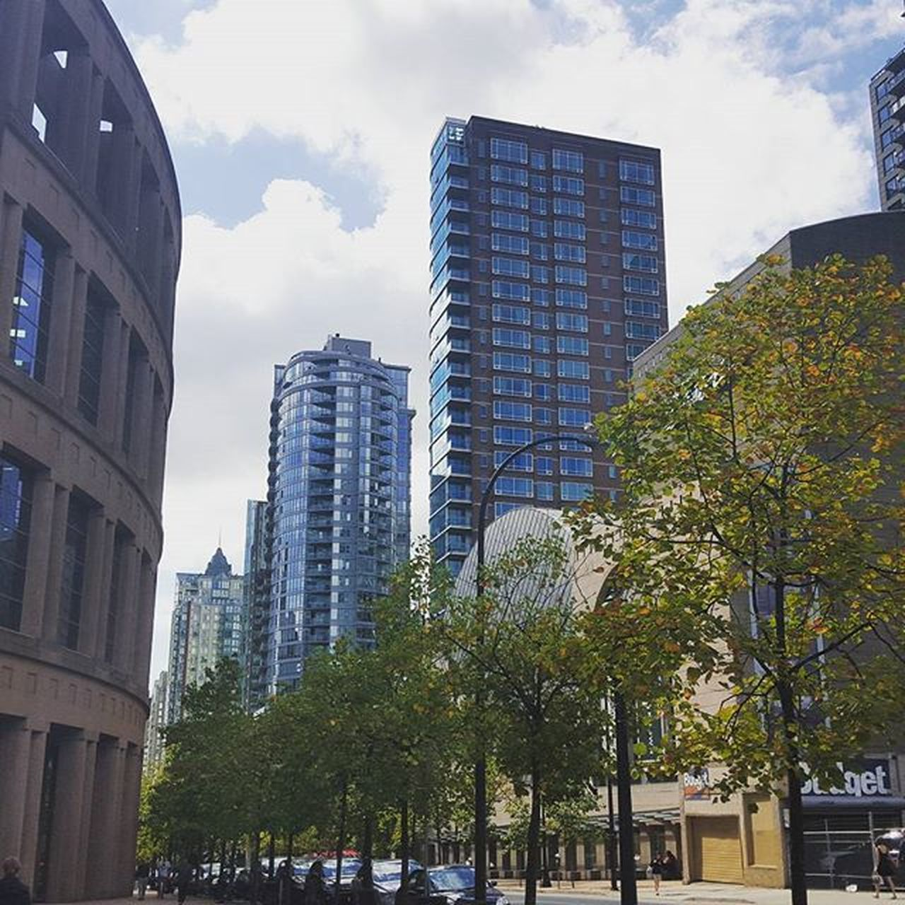 Downtown on a cloudy day Vancouver Vancity Vpl Vancitybuzz Vancityhype