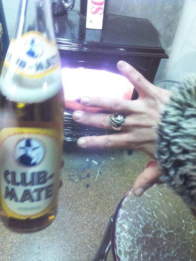 Clubmate Kif les petites mains <3
