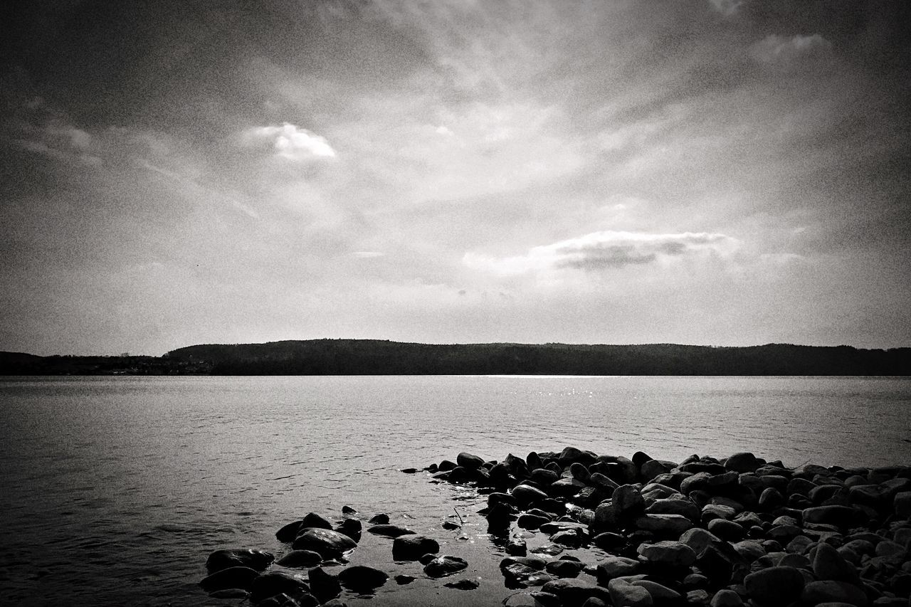 Nature Water Tranquil Scene Sky Tranquility Scenics No People Beauty In Nature Landscape Day Outdoors Blackandwhite Blackandwhite Photography EyeEm Nature Lover