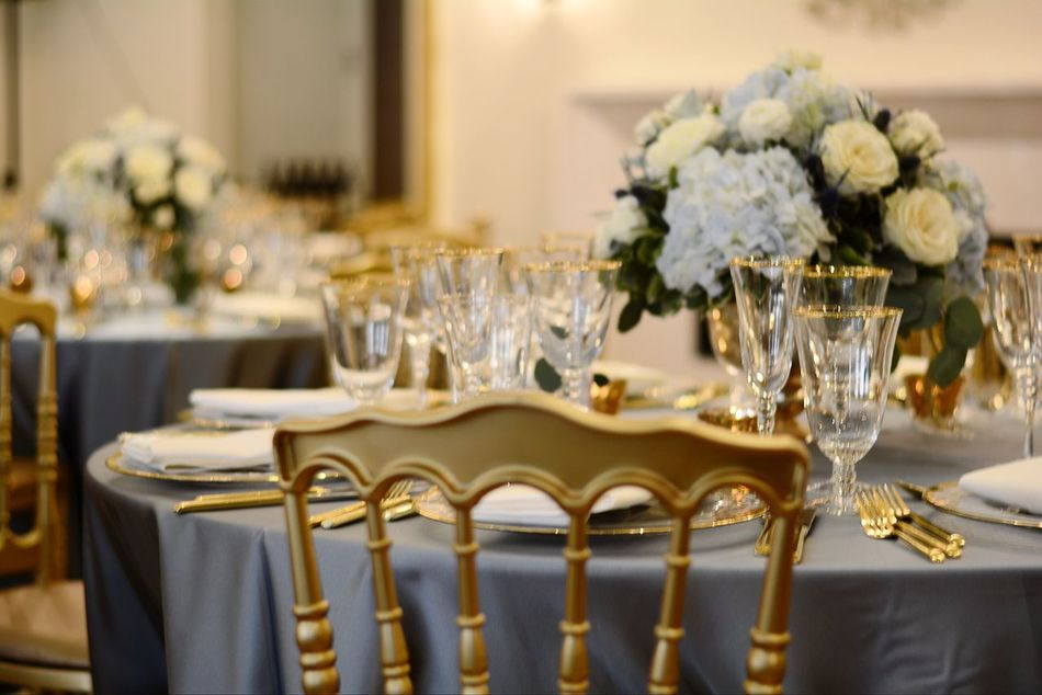 Communion Tiffany Chairs Chairs Charger Plates Plate Table Event Blue And Gold