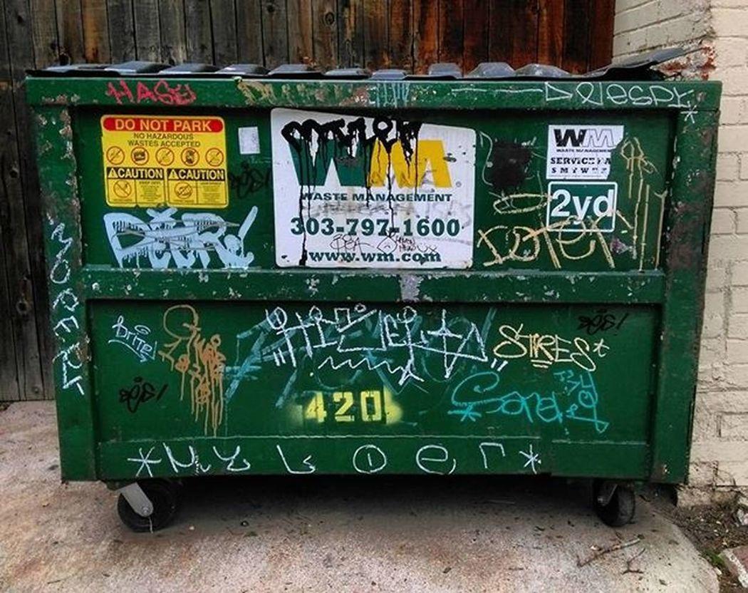 Dumpsterswithtags Dumpsterporn Dumpsters Trashyart Trashy Denvergraffiti Denverdumpsters Alleyexploration Alleyshavethebestshit Tagsandthrows Graffhunter Graffiti Graffitiporn