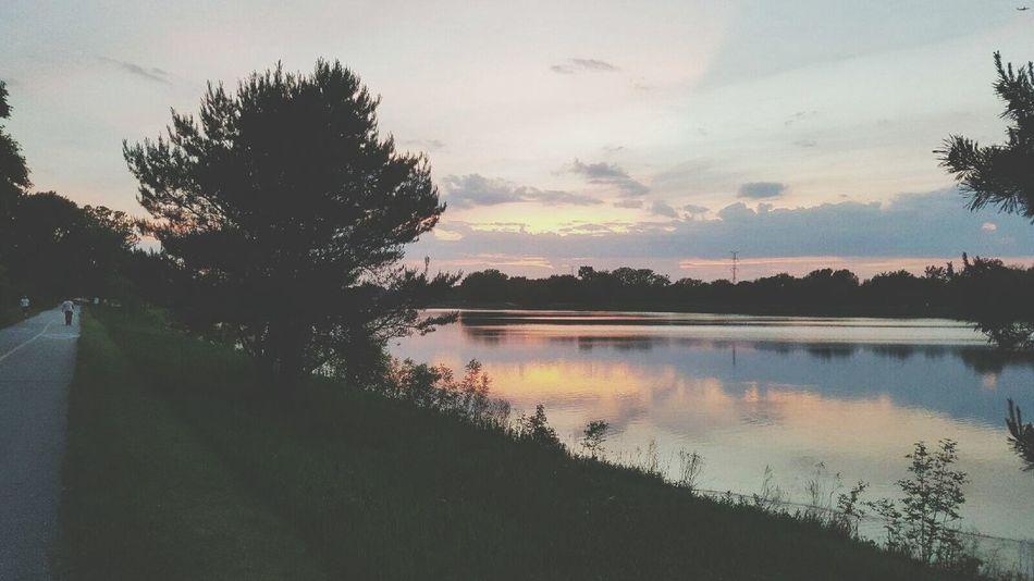 The Great Outdoors - 2016 EyeEm Awards Lake Arlington Arlington Heights