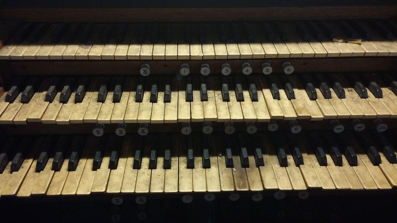 Organ Methodist Central Hall Piano Music Musical Instrument No People Close-up Indoors  Day Piano Key Backgrounds birminghammethodisthall Birminghammethodist