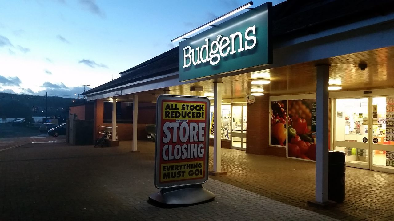 Store Town Business Building Exterior No People Wales Teifi Shuttingdown