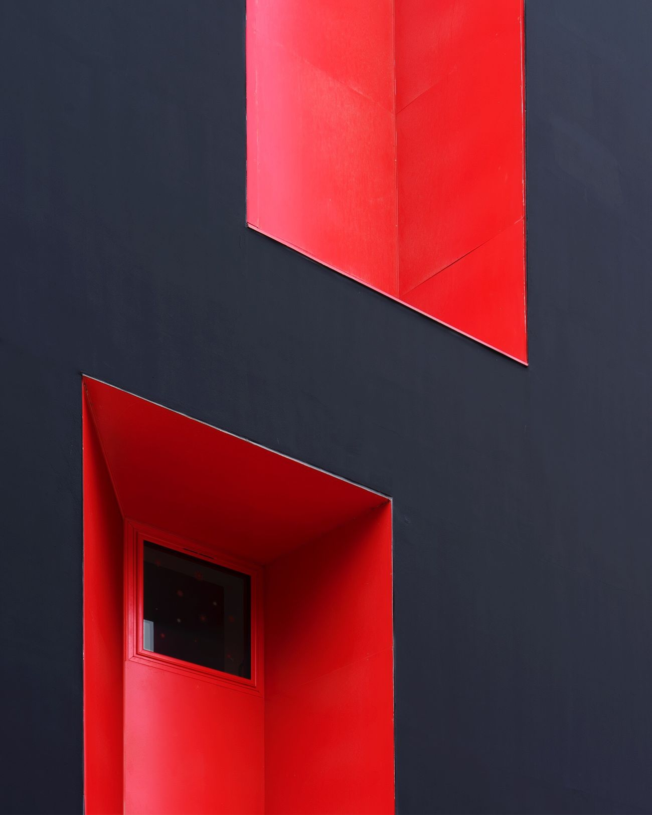 Red Built Structure Building Exterior Architectural Detail EyeEmBestPics Architecture Façade The Architect - 2017 EyeEm Awards EyeEm Best Edits Lines, Shapes And Curves TheWeekOnEyeEM EyeEm Best Shots Lines And Shapes Geometric Shape Window Black Wall