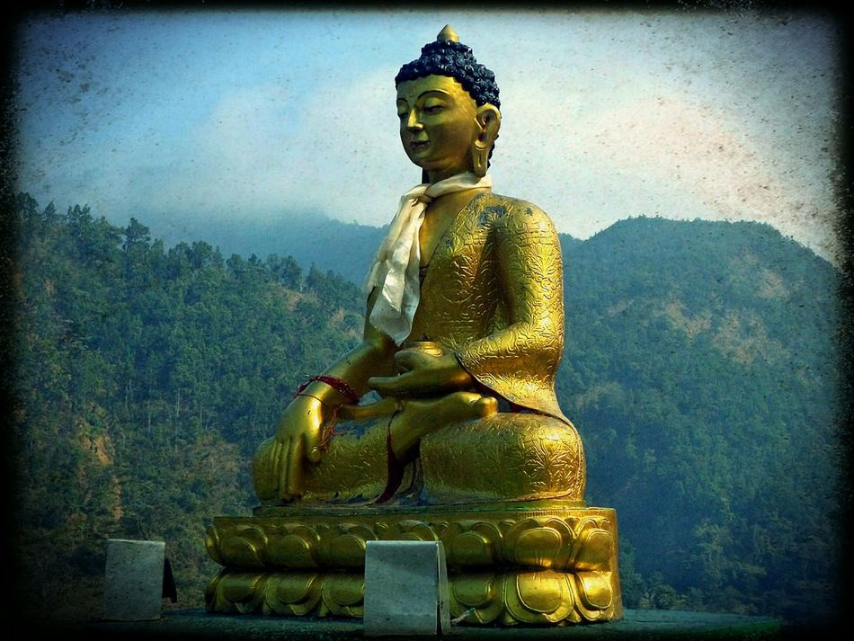 Budha Budhism Travel Photography Nepal Open Edit Simple Photography Mountains Prayers Old Picture✌