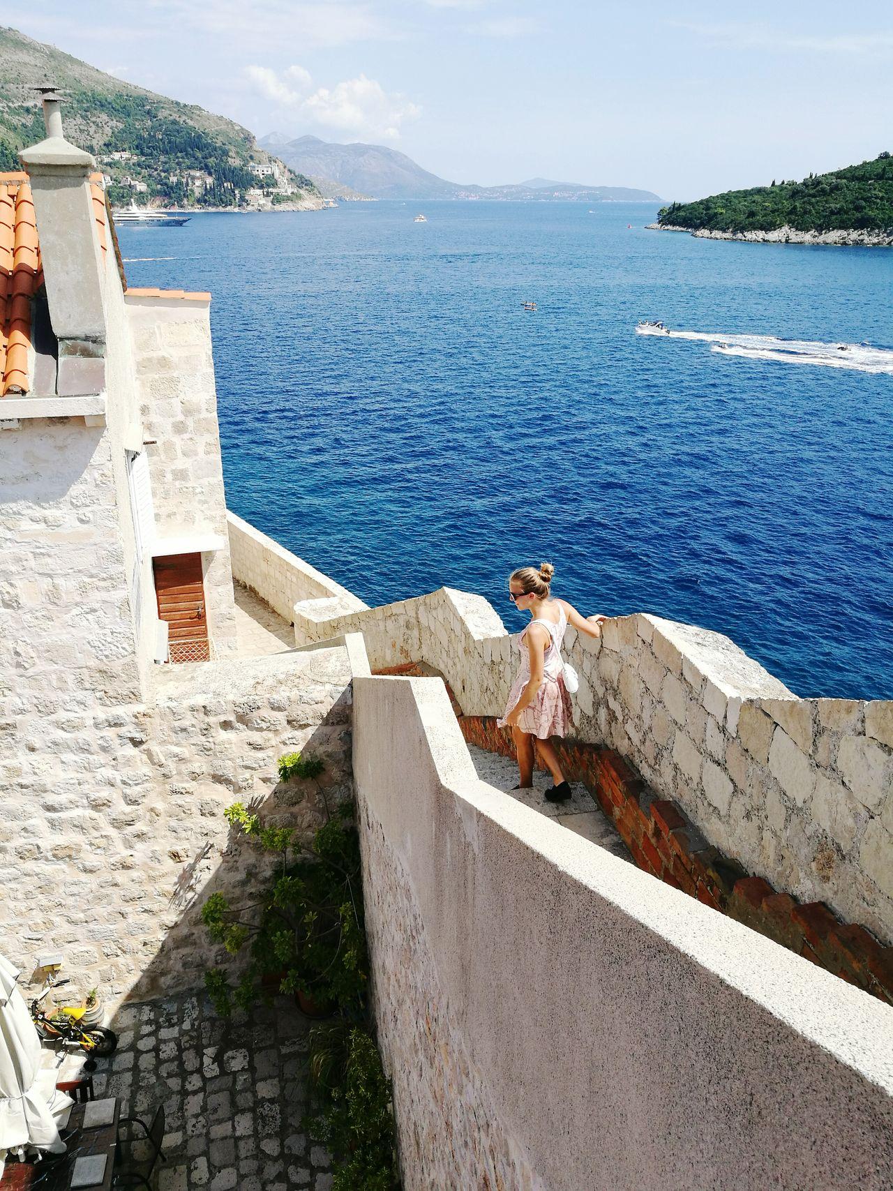 Walking down the old walls of Dubrovnik City in Croatia. Enjoying Life Croatia ♡ Dubrovnikoldtown Beautiful View Maraudersmapdress Sunshine