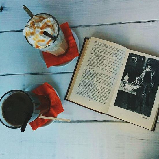 Meeting an old Friend accidentally and having a good conversation; drinking mint caramel Latte while reading a good old Book ; just walking, dressed in the oversized warm sweater and listen to the indie Music - that's my Autumn . Vscocam Coffee белгород Belgorod Vscorussia Vscogrid Vscogood Vscophile Vscobest Komod
