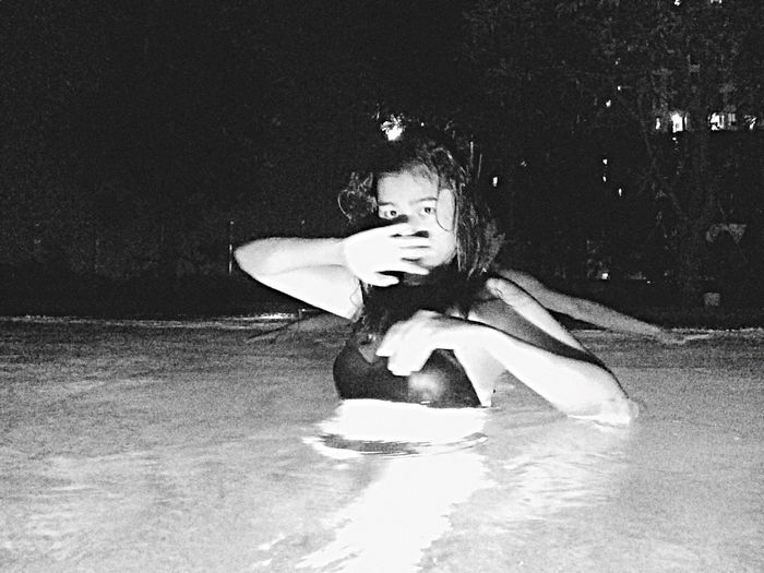 Dark pool Swimming Nightsky Friend Pool Mlife Enjoying Life Lookatmyeye