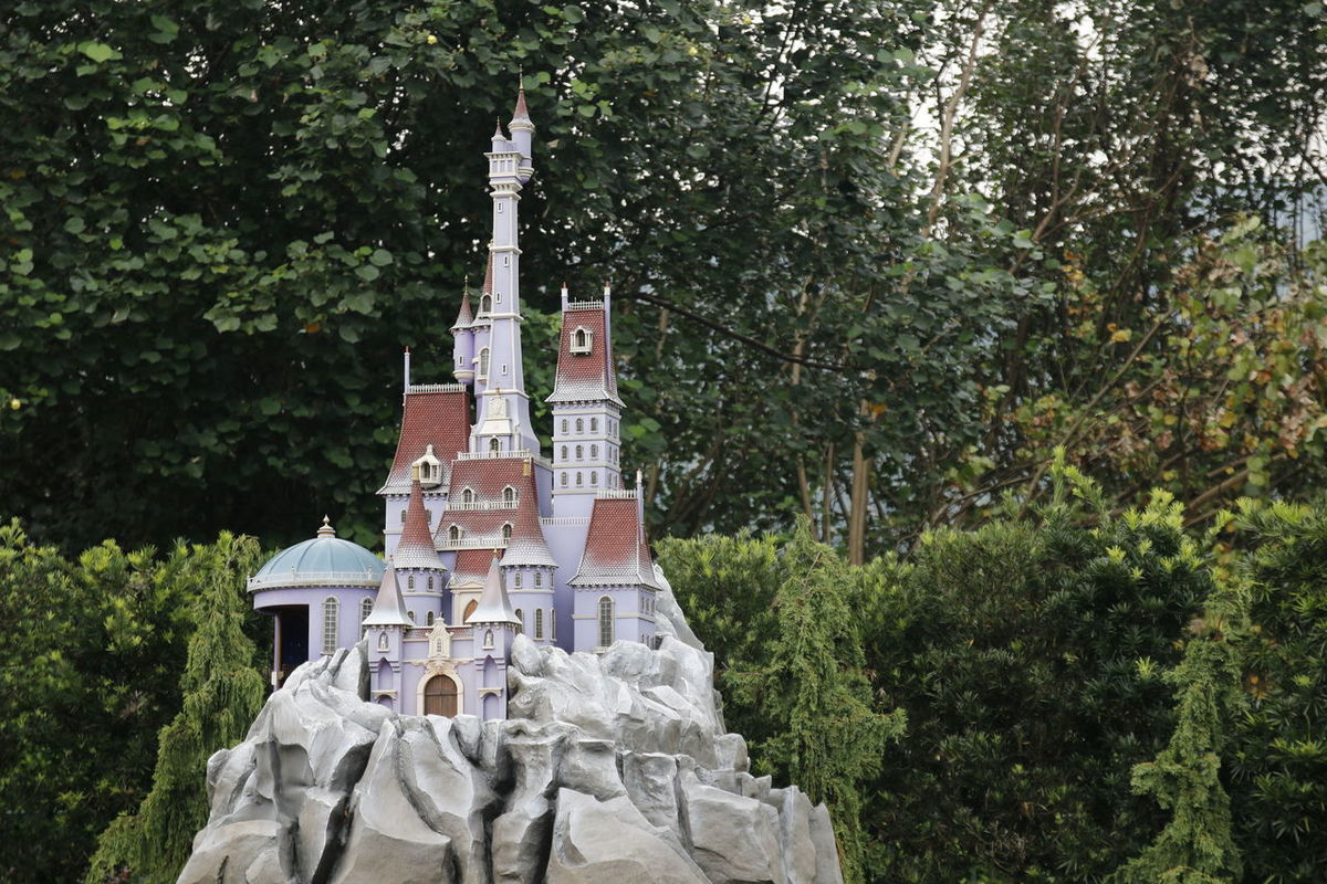 Disneylandresort Beauty And The Beast Disneyland DisneyLandHongKong La Belle Et La Bete... Disney La Belle Et La Bete Disney Land 香港 Hong Kong Disneyland HongKong Disneyland<3 HongKongDisneyland Hong Kong