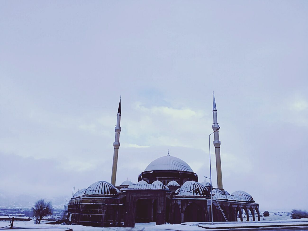 Sky Dome Tower Travel Destinations Architecture Place Of Worship Snow Outdoors No People City Day Astrology Sign Mosque Turkey Universitesi Burdur Turkey Kar Turkeyphotooftheday Weather Extreme Weather Winter