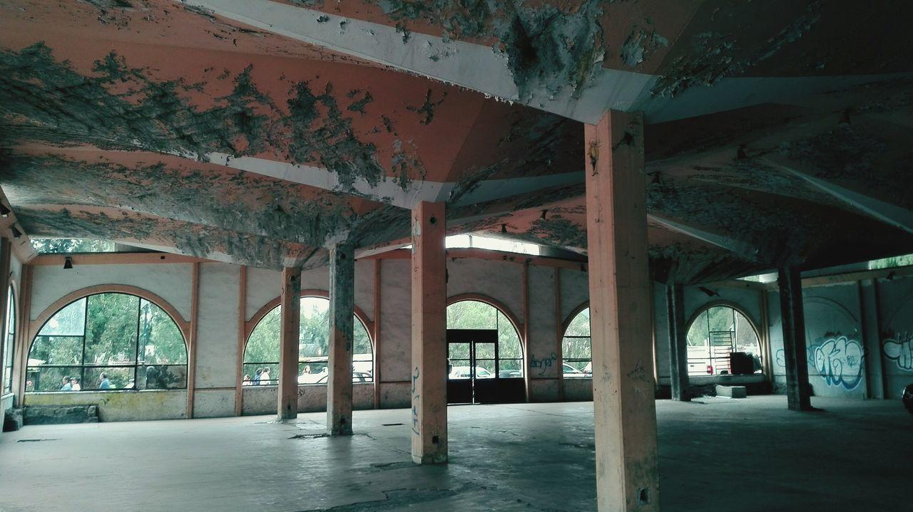 Abandonado. Abandoned. Built Structure No People Day Abandoned Abandoned Buildings Abandoned Places Abandonado EyeEmNewHere Creepy Places Creepy Creepy Building