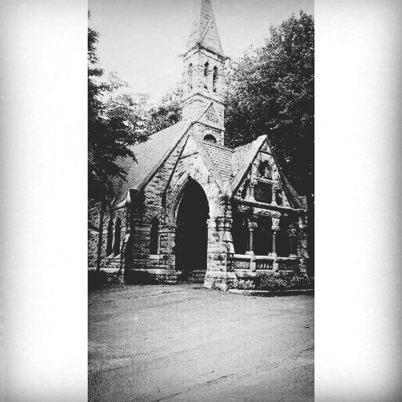 Syracuse Ny Haunted Oakwood Cemetery. Cemetery Photography Historical Cemeteries Blackandwhite Photography