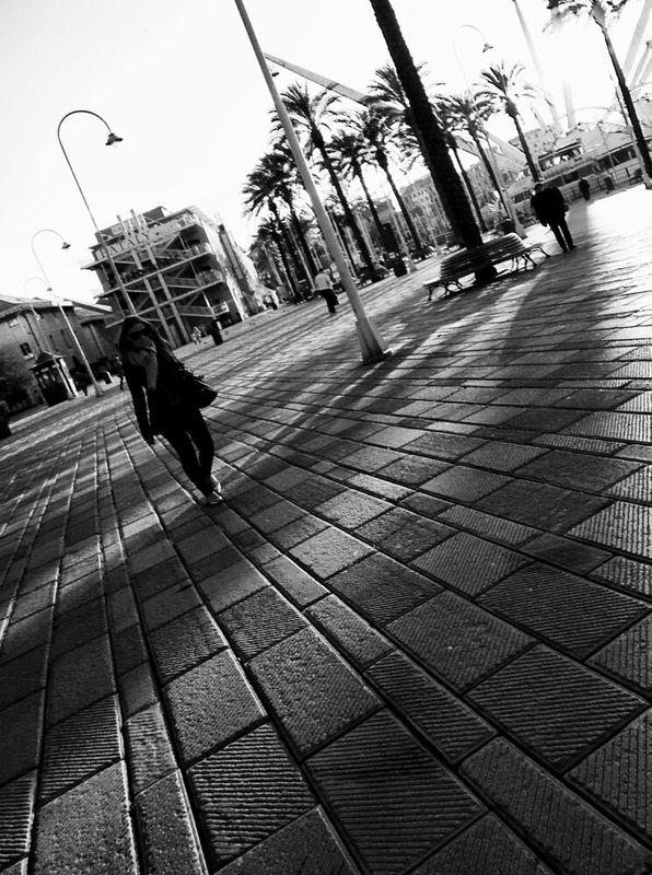 eye4enchanting streetphotography italy Black & White streetphoto_bw blanco y negro bnw Noir Et Blanc bnwitalian  by Simodenegri