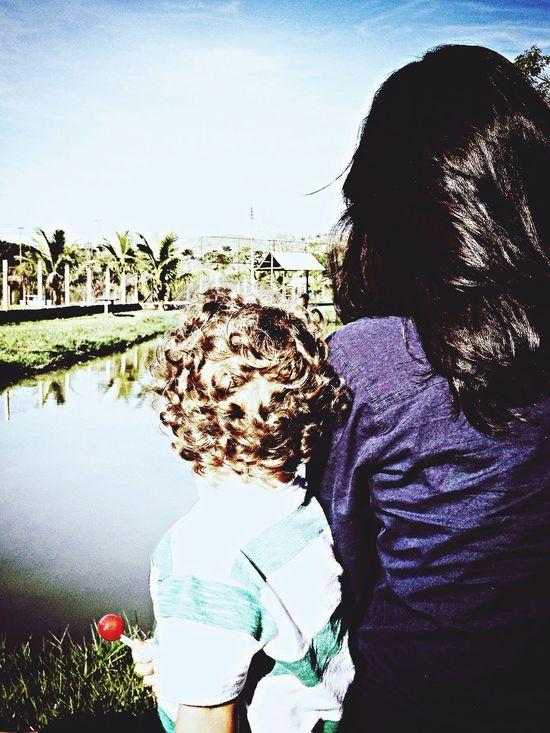 Mãe e filho.