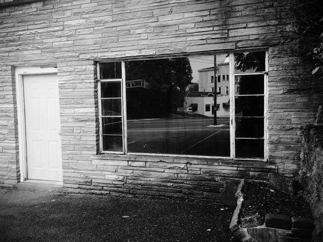 Window Reflection Blackandwhite Vscocam