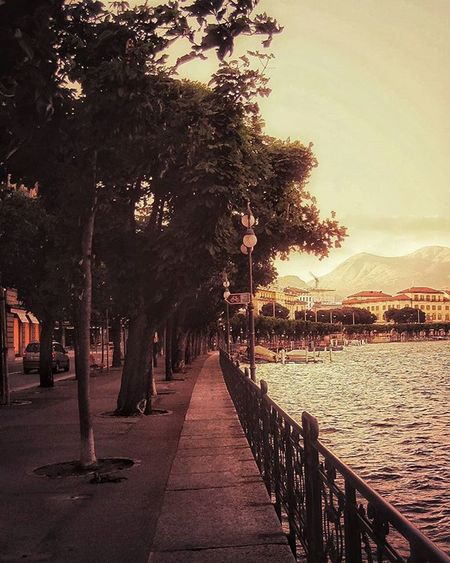 To photograph: it is to put on the same line of sight the head, the eye and the heart. - Henri Cartier-Bresson Listening to: I am sold - James Blake MyPhotography Sarazjourneys Switzerland Lugano Lake Water