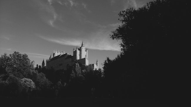 The spanish Hogwarts Castle View  Segovia Spanish Arquitecture Alcazar Beautiful Place Beautiful View In Love Architecture Architecture In Nature Black And White Photography Black And White Architecture Monochrome Photography
