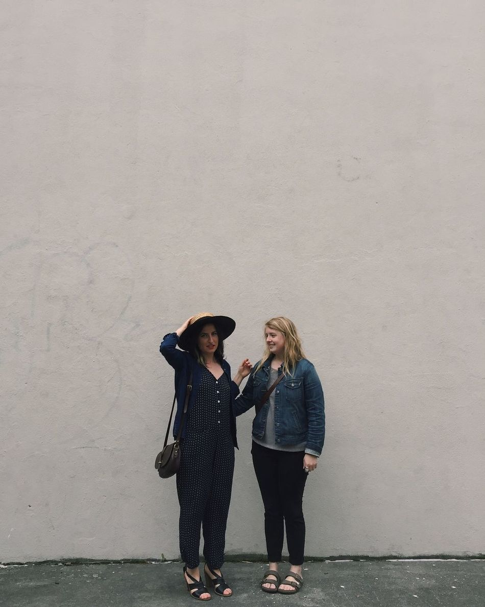 Beautiful stock photos of friends, 20-24 Years, Architecture, Beige, Building Exterior
