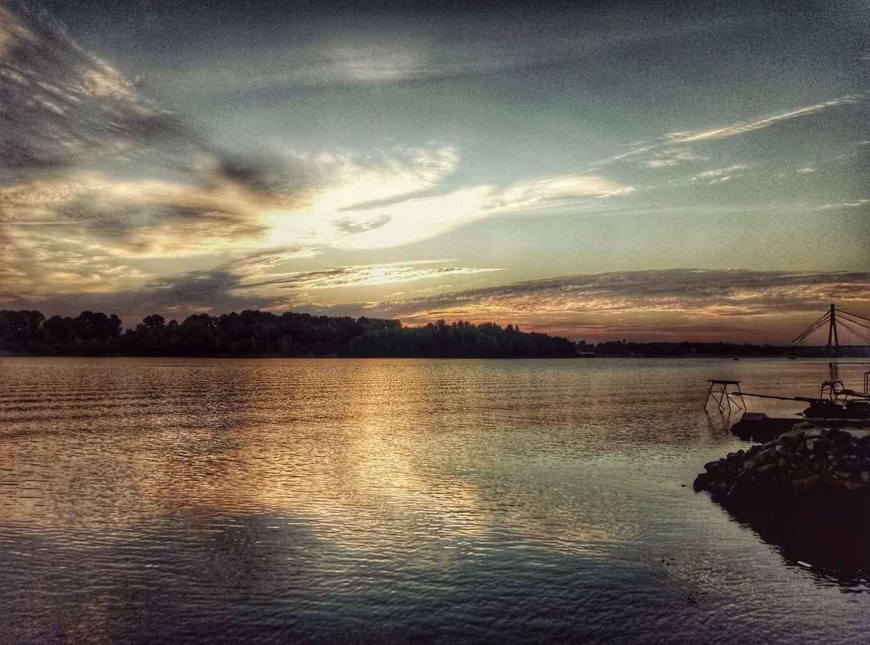 оболонь Рассвет🌇🌄 рассвет Днепр. берег Киев Kyiv,Ukraine Cloud - Sky Sky Украина природа река лето