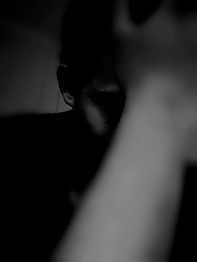 Trying something different. Bad Day Feeling Sad Edited Testing HuaweiP9 Darkness Depressed Depression Arm Ears Faceless Face Bad Selfie Bad Hair Day Blackandwhite Photography Black & White FrustratedModel Frustrated Frustrations Self Portrait Selfportrait Selfies