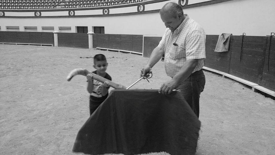 Everyday Education La Academia de la Cultura Taurina. Mi hijo y su maestro. Mi Hijo  Toreros