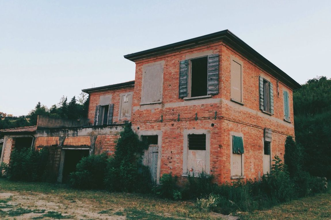 I want to live in the hilly countryside of Emilia- Romagna Abandoned Places
