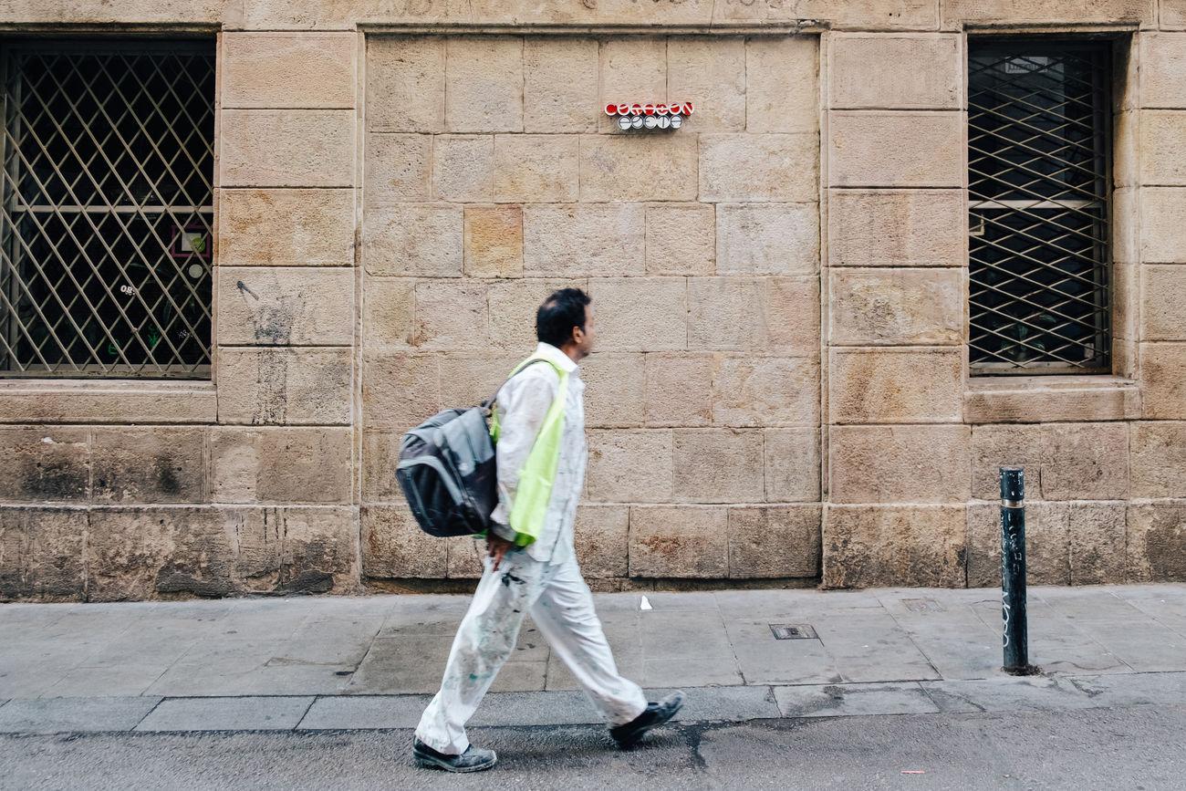 Corazón poeta | Art Barcelona Close-up Day Fuji X-T1 Lifestyles Outdoors People Street Street Art Street Photography Streetart Streetphotography Walking Around Windows