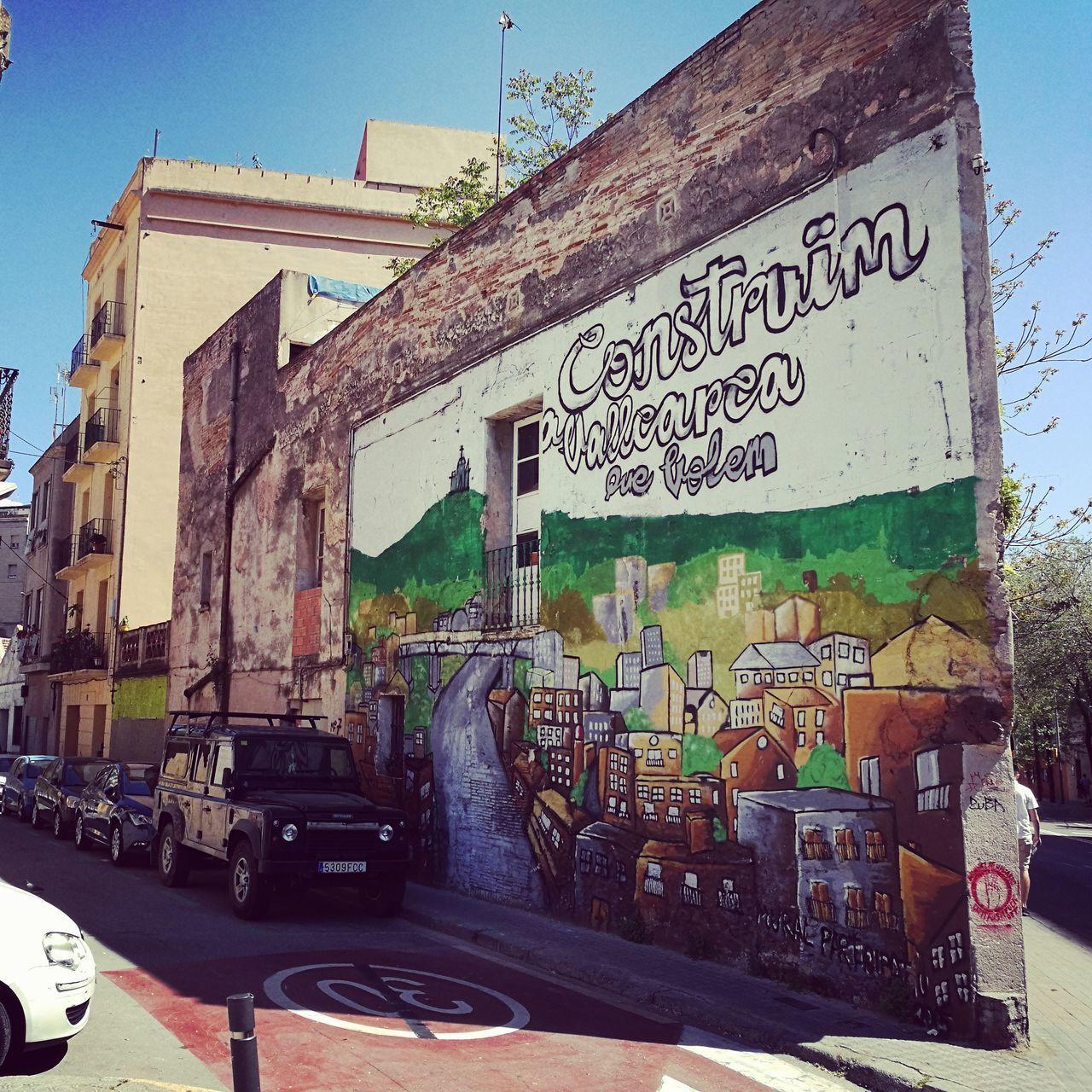 1Tag in Barcelona. EyeEmBestPics Grafiti Art Architecture Outdoors Barcelona Streets