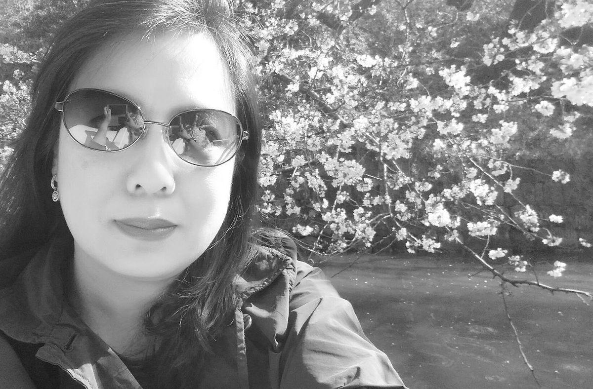 Tokyo Spring Springtime Cherry Blossoms In Bloom Paddle Boat Travelphotography That's Me! Tokyospring2016 Imperial Palace Moat Eyeemphotography Enjoying Nature EyeEm Gallery Eyeem Spring Eyeem Nature EyeEm Japan EyeEM Tokyo