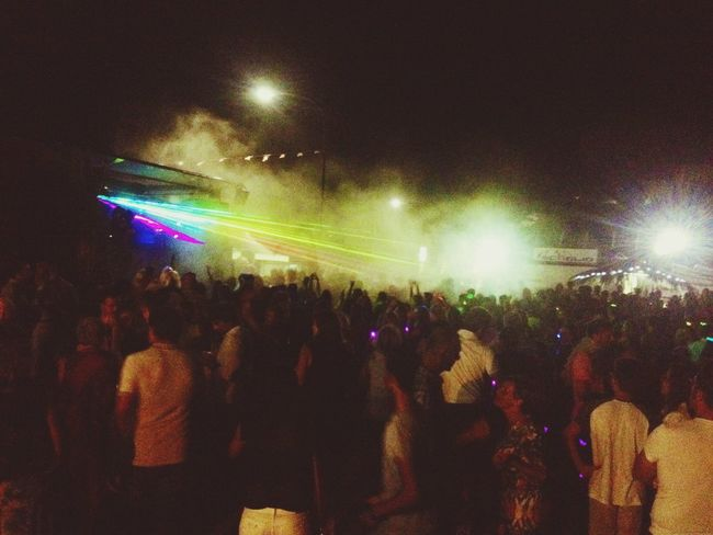 This night we feel alive! Dj Megawatt beach party <3 Beach Party Dancing Dj Megawatt Night