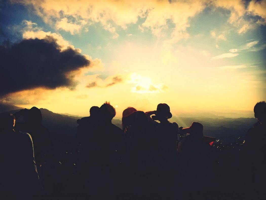 Hello World Taiwan View The View And The Spirit Of Taiwan 台灣景 台灣情 Following Sunset Sky And Clouds Enjoying The View Beautiful Nature Nature_collection EyeEm Best Shots OpenEdit Light And Shadow