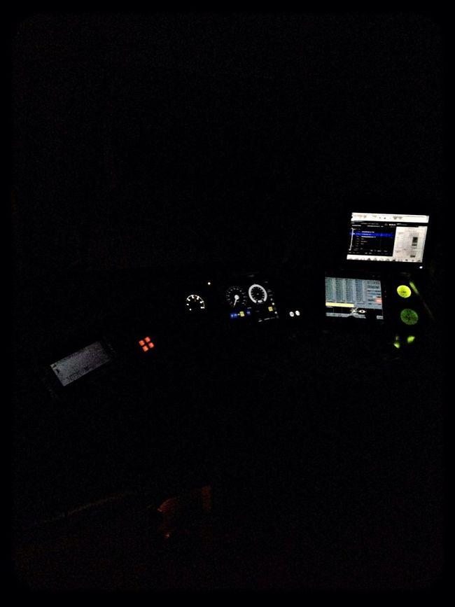 Arbeitsplatz bei Nacht Night Train Railway Führerstand