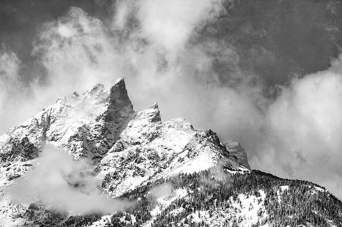 Thinking I need to spend some of these wintry days up in the Tetons. Gtnp Grandtetons Jacksonhole Mountaincultureelevated