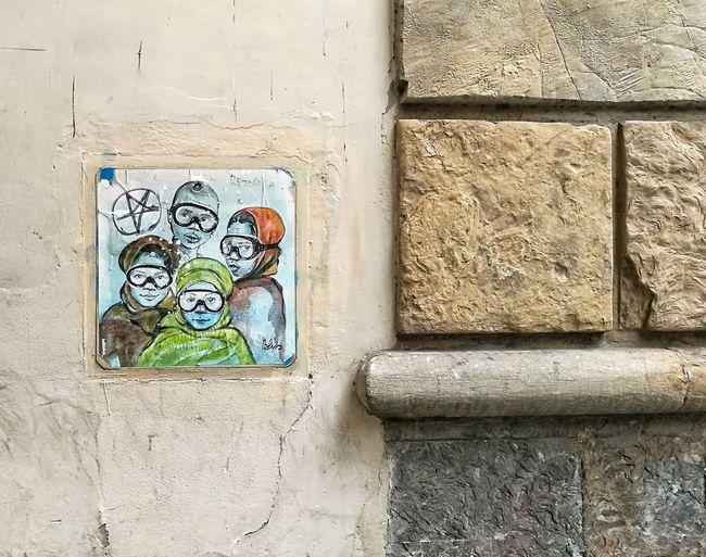 Wall Human Representation Outdoors No People Close-up Painting Faces Firenze Florence Graffiti Graffiti Art Graffiti & Streetart