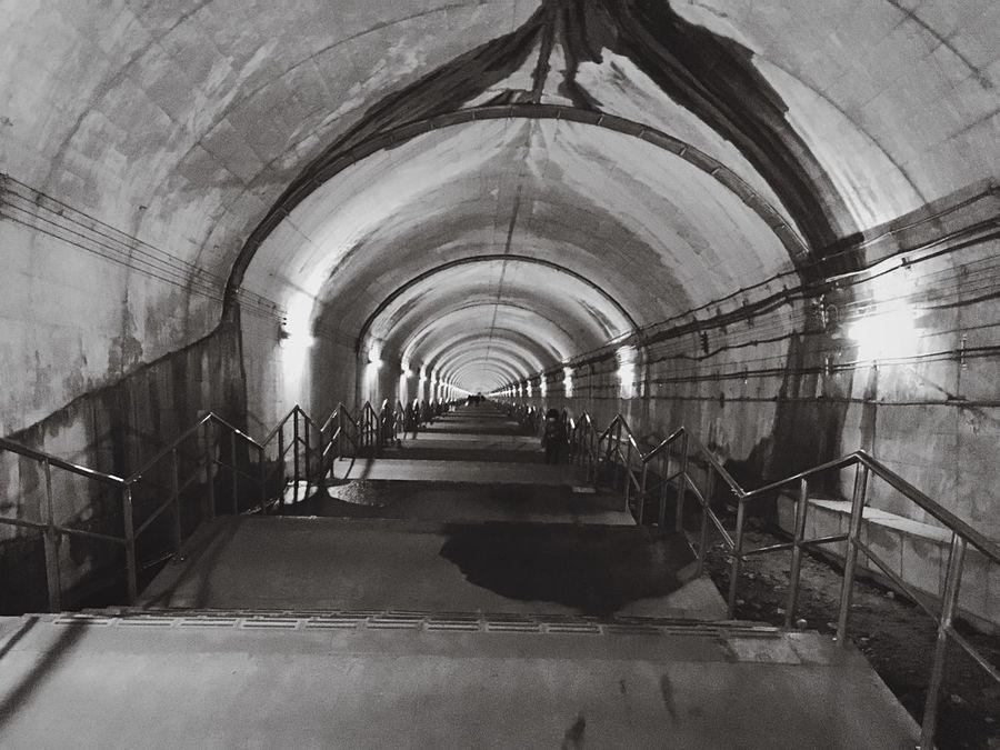 土合駅 Station Japan Monochrome Blackandwhite Black & White Stairs
