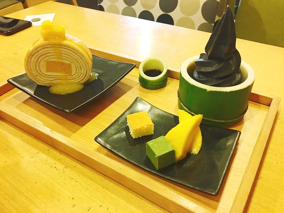 Roll delicious Indoors  Table High Angle View Food And Drink No People Bowl Food Cutting Board Yellow Freshness Leaf Healthy Eating Day Close-up