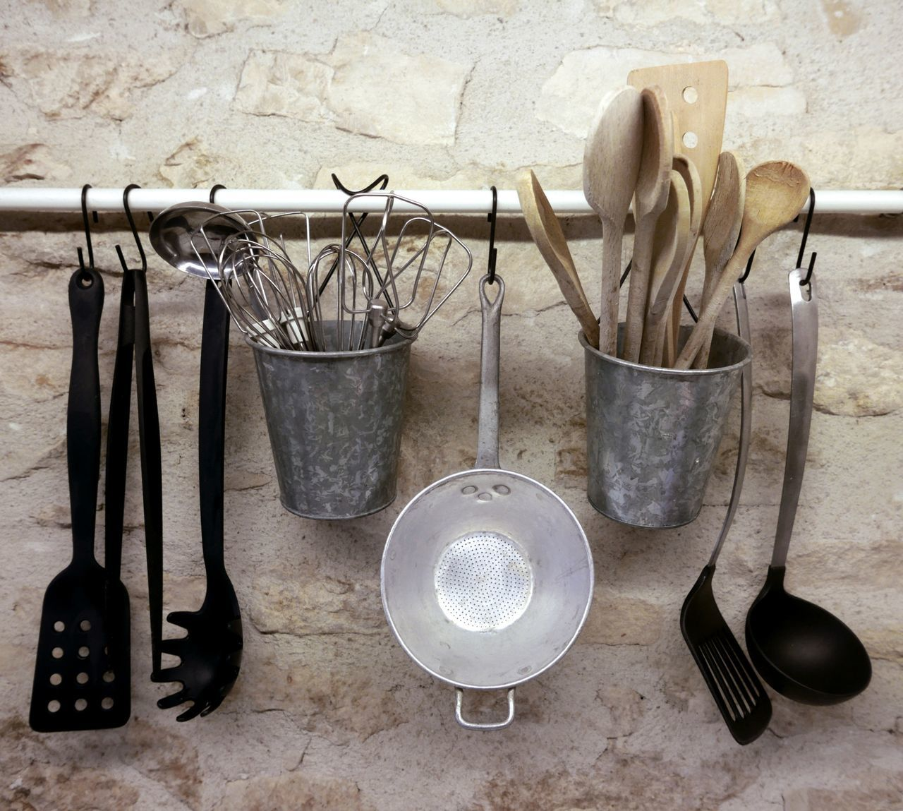 Beautiful stock photos of tools, Bucket, Close-up, Container, Cooking Pan
