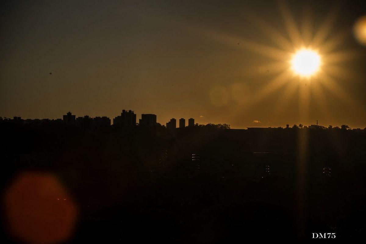 Praça Do Pôr Do Sol Sao Paulo - Brazil Sunset Sun