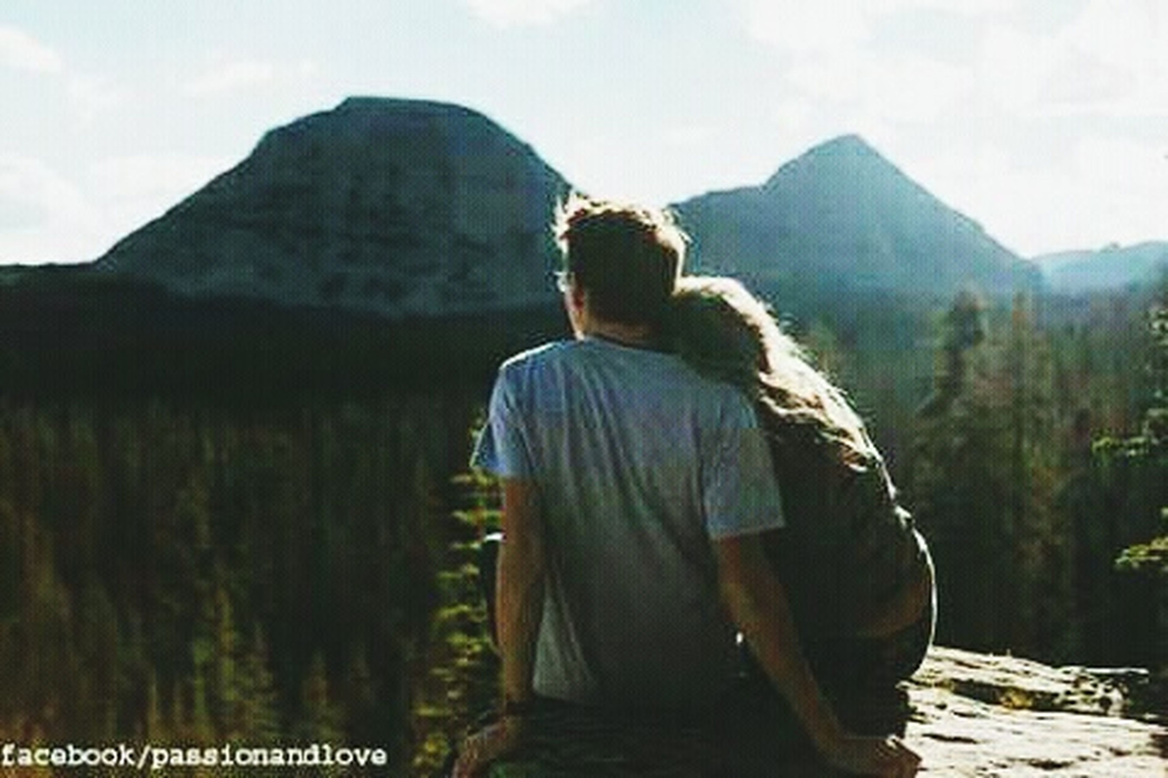 mountain, rear view, two people, mountain range, leisure activity, real people, togetherness, lifestyles, beauty in nature, nature, landscape, adults only, scenics, outdoors, sky, vacations, cloud - sky, people, day, adult, young adult