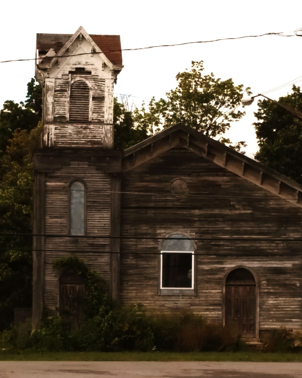 Taking Photos Old House Summer2015 Old Building Structure Haunting Outdoors Striking Check This Out History Hanging Out Whats In The Window?