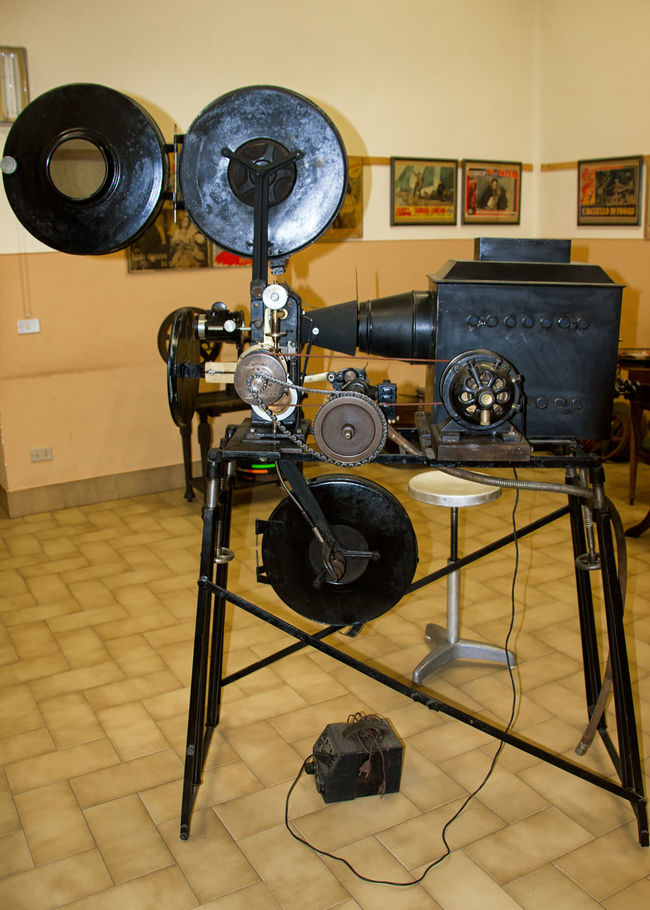 Cinema In Your Life Cinema Old Cinema Envision The Future Vintage Old Projector
