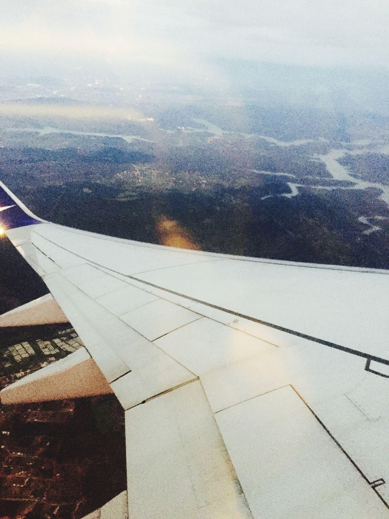 Ben mesela,uçarım mesela,bir günde Samsunuma,kaçarım meselaaaaa ???? Flying Hello World Sabihagökçenhavalimanı