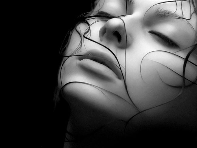 EyeEm Best Shots - Black + White Eye4black&white  Monochrome EyeEm Bnw beauty in dark side off persone