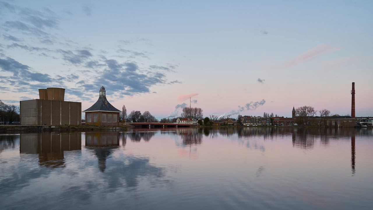 Halfway Architecture Calm Cloud - Sky Dusk Dutch Europe Halfweg Holland Holland❤ Lake Nederland Netherlands Outdoors Peaceful Reflection Scenics Sky Skyline Sunset Tranquil Scene Tranquility Tranquility Water Waterfront Waterscape