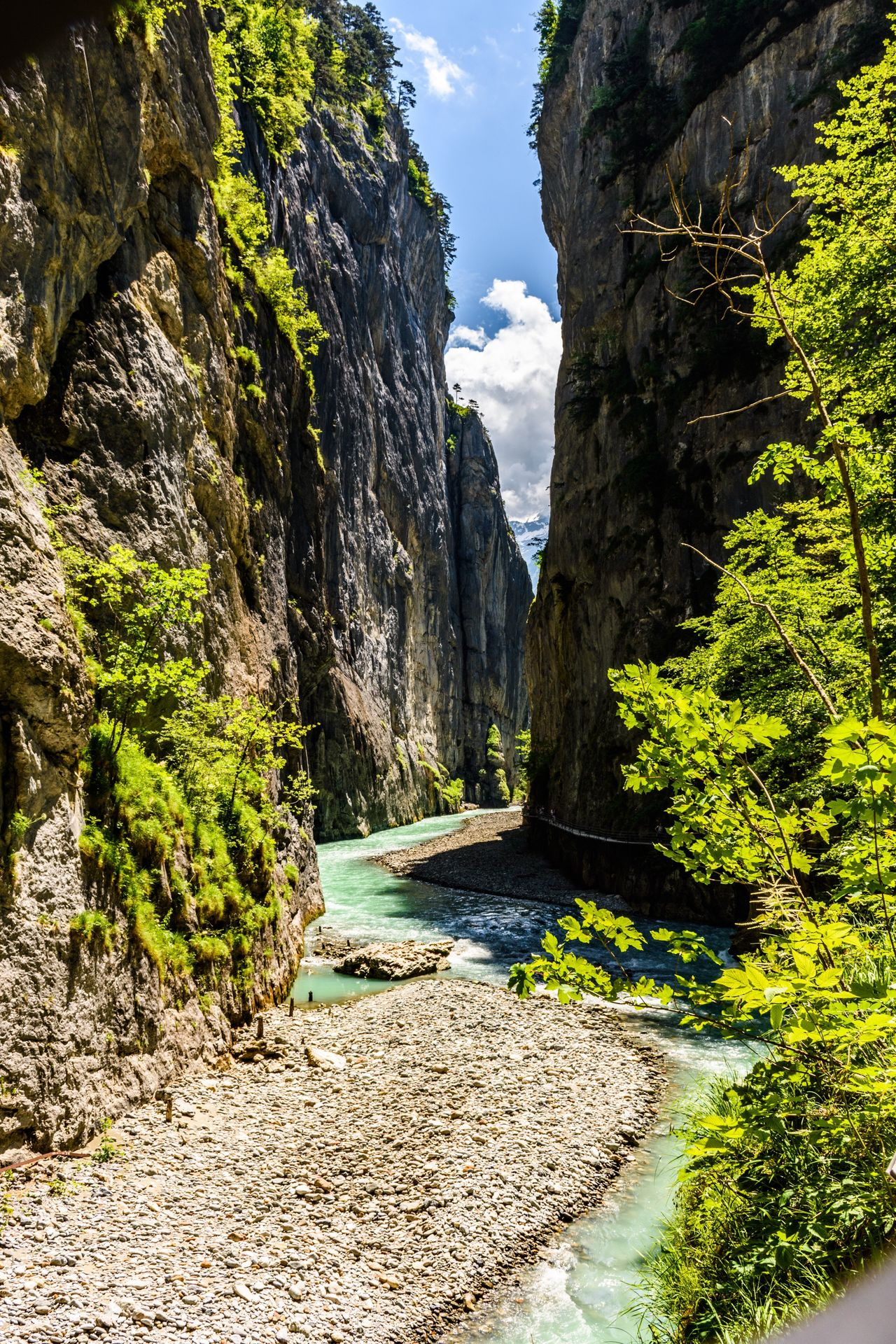 Aareschlucht Aarelandschaft Schlucht Fluss Flusslandschaft Rock - Object Rock Formation Nature Water Outdoors Beauty In Nature River No People Cliff Naturpur Landscape Switzerland Meiringen Berner Oberland Scenics Myswitzerland