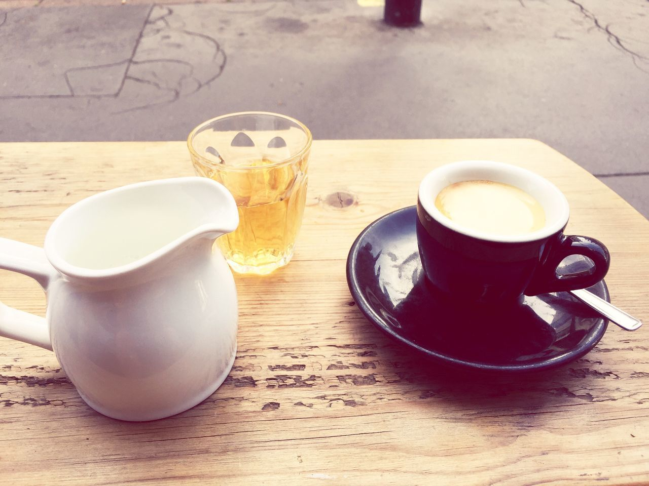 Beautiful stock photos of kaffee, City of London, Close-Up, Coffee - Drink, Coffee Shop