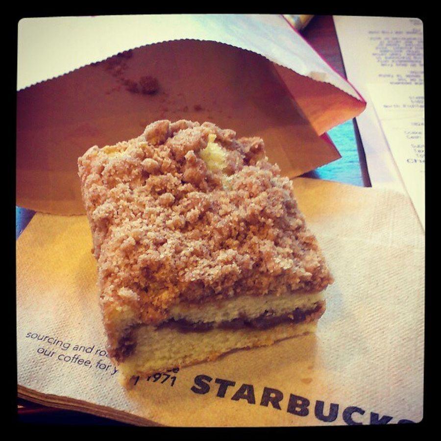 Starbucks (: TCC English Noshow Skip Starbucks Coffee Cake Food Morning