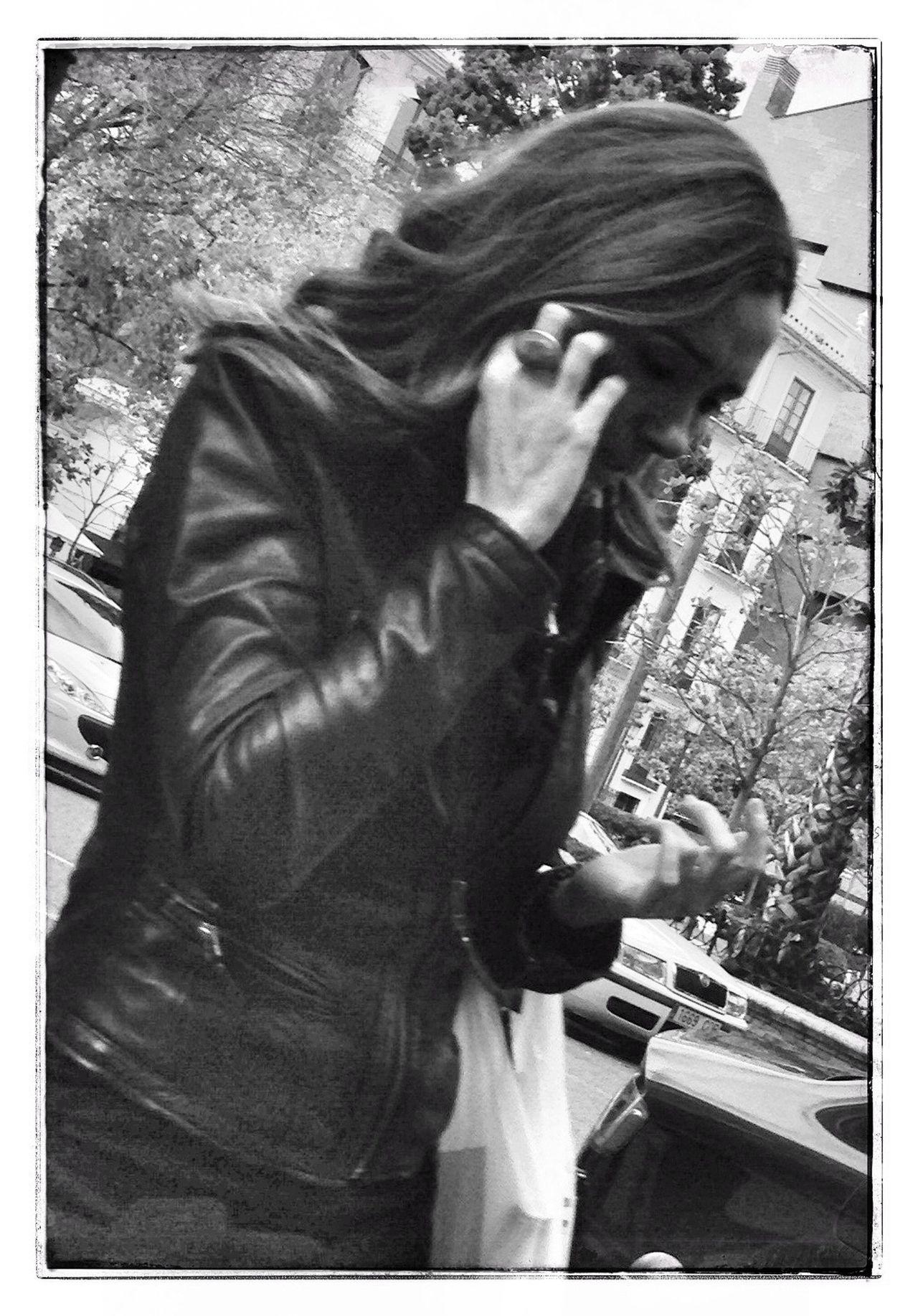 Oggl Streetphotography Street Portrait Blackandwhite